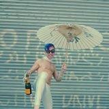 Man-ee Champagne